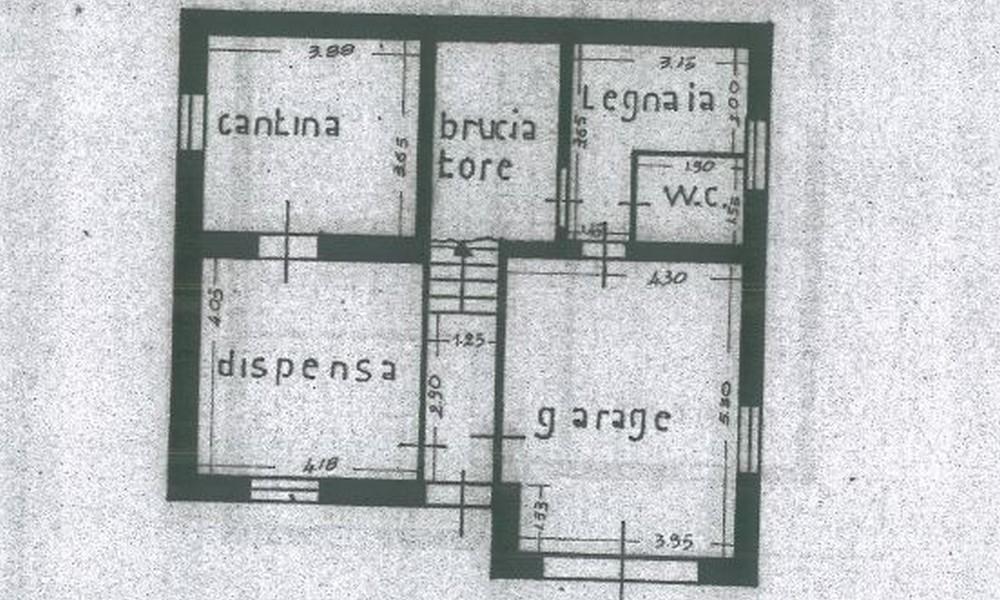 Edifica immobiliare compra e vendita immobili villa for Set completo di piani casa pdf
