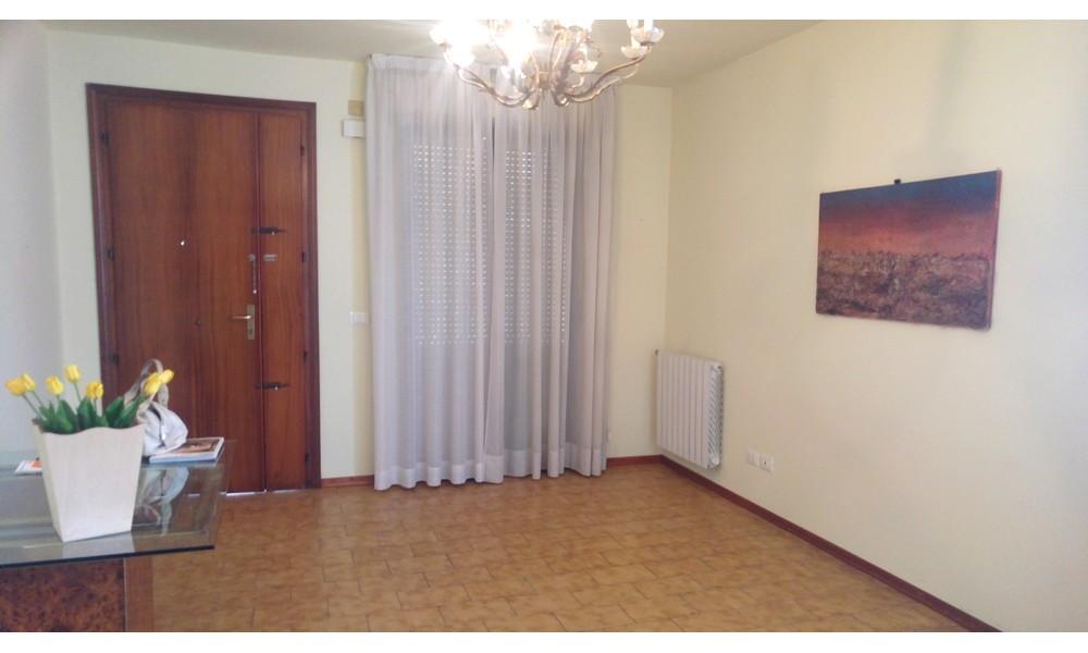 soggiorno ingresso cucina appartamento vendita villa verucchio agenzia