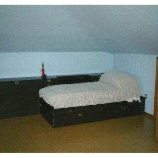 camera-appartamento-piano-terzo-sottotetto-casa-indipendente-terrazzo-edifica-agenzia-vendita-villa-verucchio