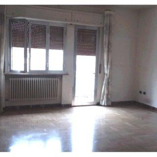 camera-doppia-matrimoniale-appartamento-piano-secondo-casa-indipendente-terrazzo-edifica-agenzia-vendita-villa-verucchio