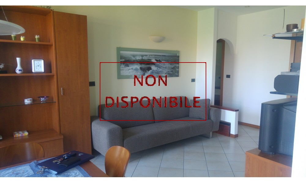 soggiorno-cucina-sala-pranzo-appartamento-piano-secondo-trilocale-corpolo-rimini-agenzia-edifica-vendita-villa-verucchio-venduto