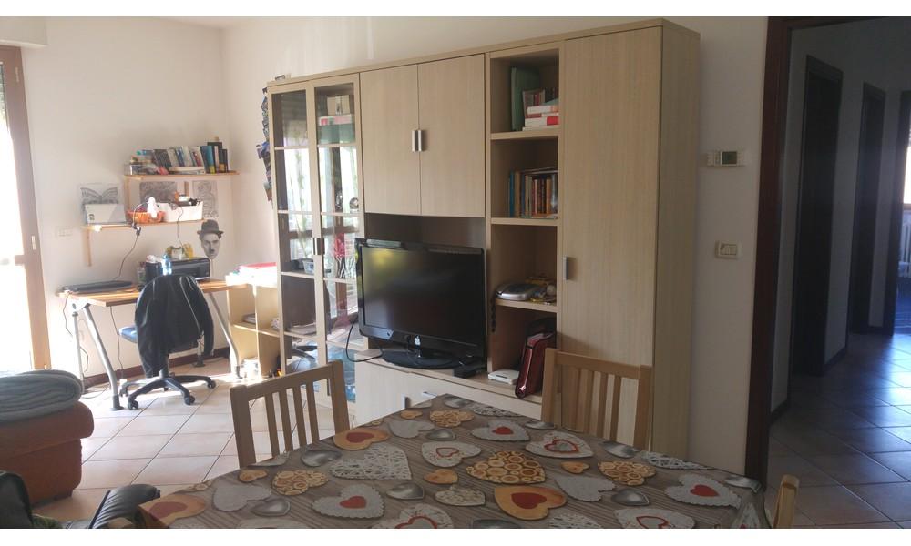 Edifica immobiliare compra e vendita immobili villa for Appartamento arredato affitto villaverla