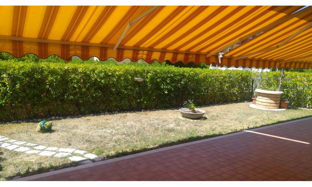 giardino-corte-appartamento-gaiofana-rimini-vendita-agenzia-immobiliare-edifica-villa-verucchio-trilocale-giardino-corte