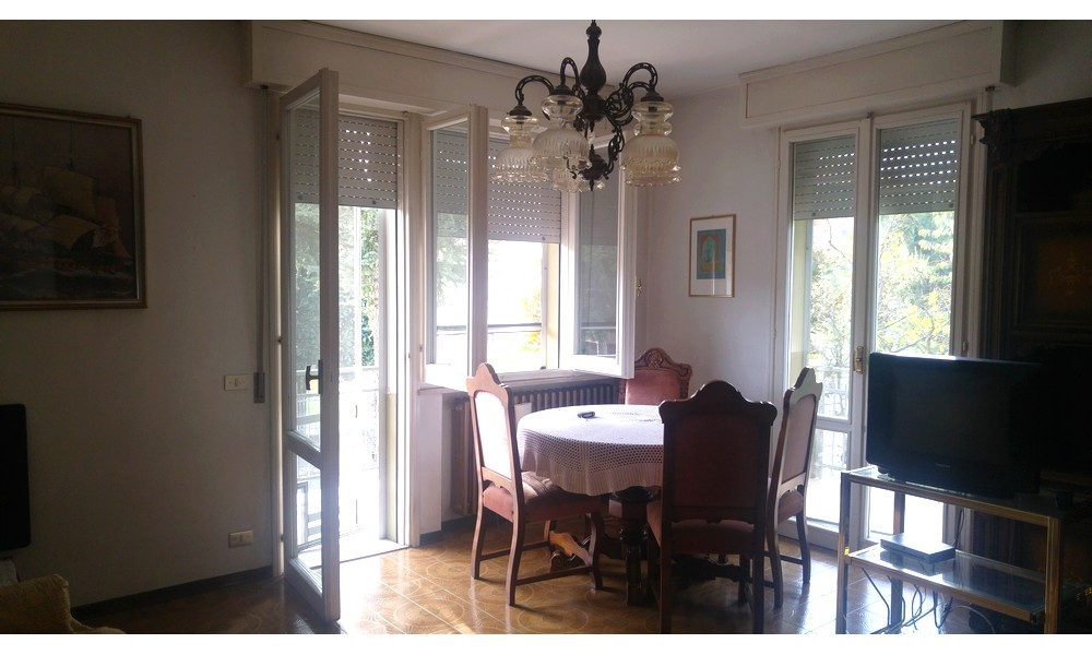 soggiorno-sala-pranzo-appartamento-cinque-stanze-edifica-agenzia-immobiliare-villa-verucchio-santarcangelo-no-condominio