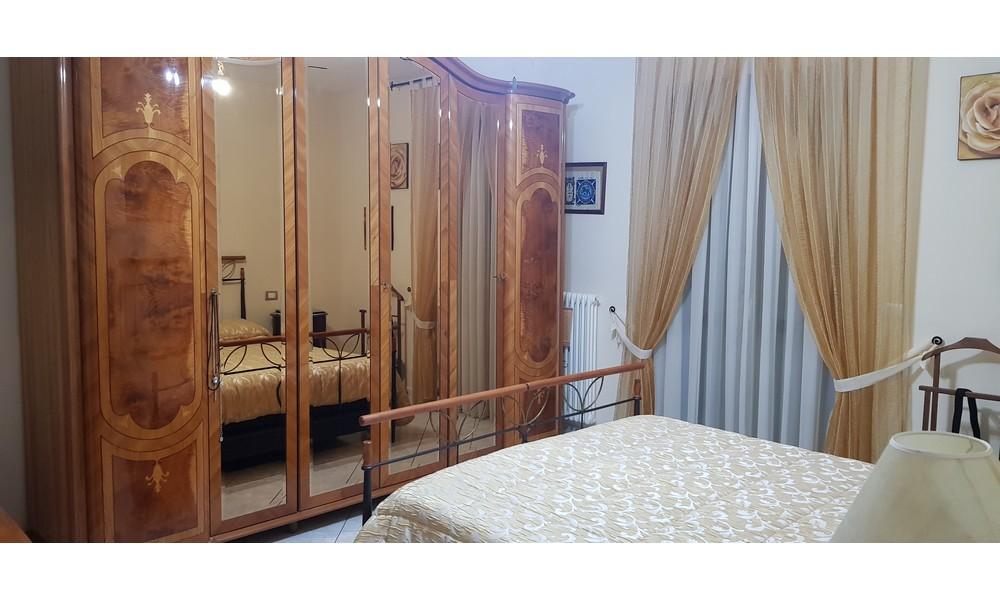camera-matrimoniale-appartamento-edifica-agenzia-villa-verucchio-immobiliare-vendita-quadrilocale-centro