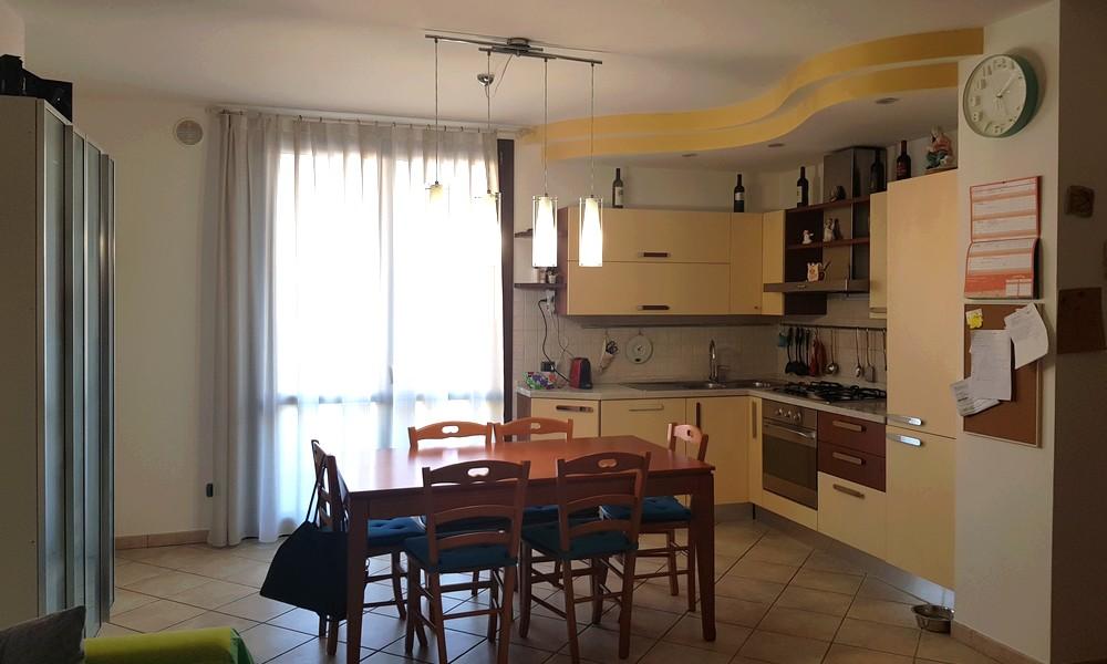 Ampio appartamento a Corpolò (Rimini) – Vendita