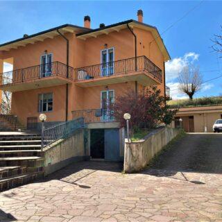 Casa Indipendente con giardino e dependance a Novafeltria