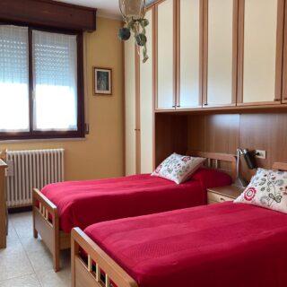 Appartamento con tre camere e tavernetta a Corpolò