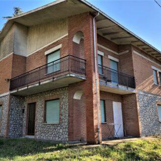 Casa Indipendente con ampio giardino a Verucchio